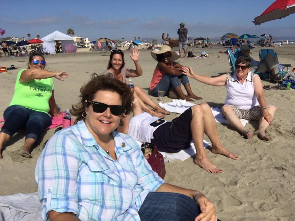 lv-ladies-at-the-beach
